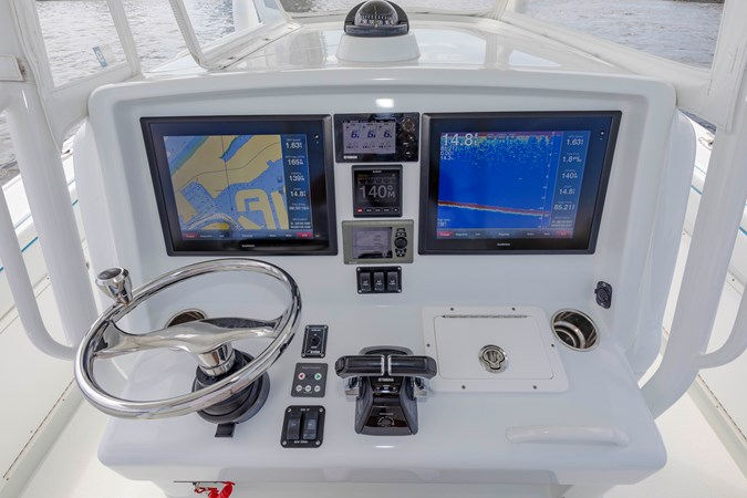DKYP8136 2015 YELLOWFIN  Center Console 2688873