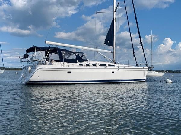 7166078_20190731134356106_1_XLARGE 2007 HUNTER  Cruising Sailboat 2689255