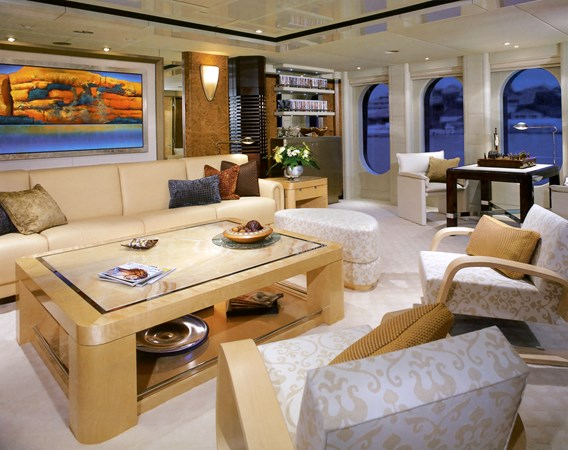 2004 OCEANFAST  Motor Yacht 2689609