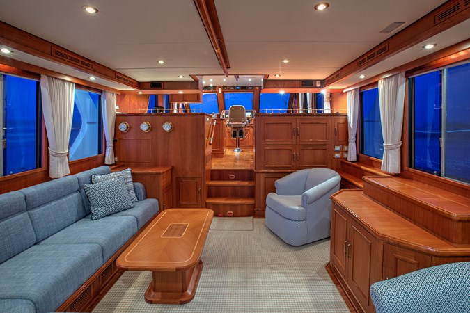 Main Salon 2006 GRAND BANKS 59 Aleutian RP Motor Yacht 2690080