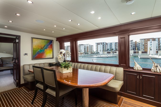 Galley Dining  2010 PLATINUM/BLUEWATER YACHT BLDRS  Motor Yacht 2693736