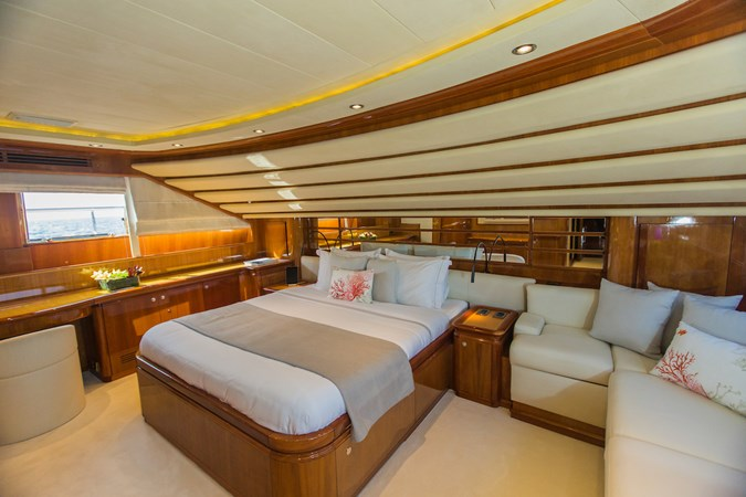 IMG_6541 2003 FERRETTI CUSTOM LINE 112 Motor Yacht 2692748