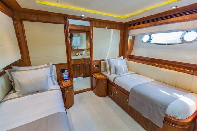IMG_6673 2003 FERRETTI CUSTOM LINE 112 Motor Yacht 2692764