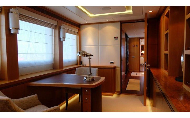 2009 HEESEN YACHTS  Motor Yacht 2695511