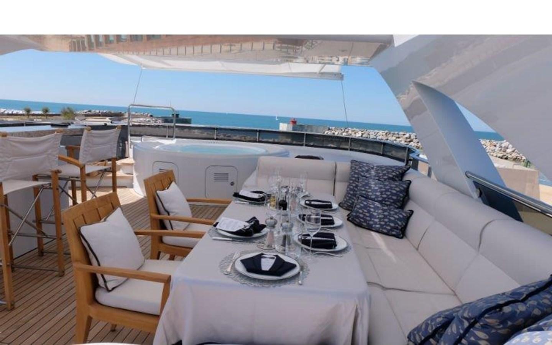 2009 HEESEN YACHTS  Motor Yacht 2695518