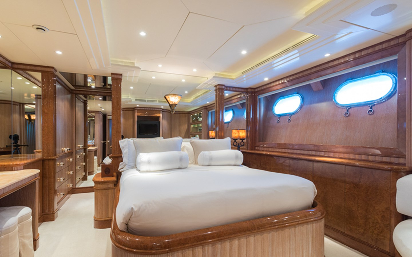 Guest Stateroom - 164 BENETTI For Sale