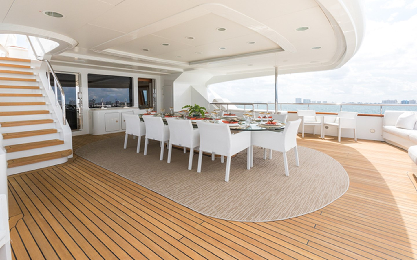 Upper Aft Deck - 164 BENETTI For Sale