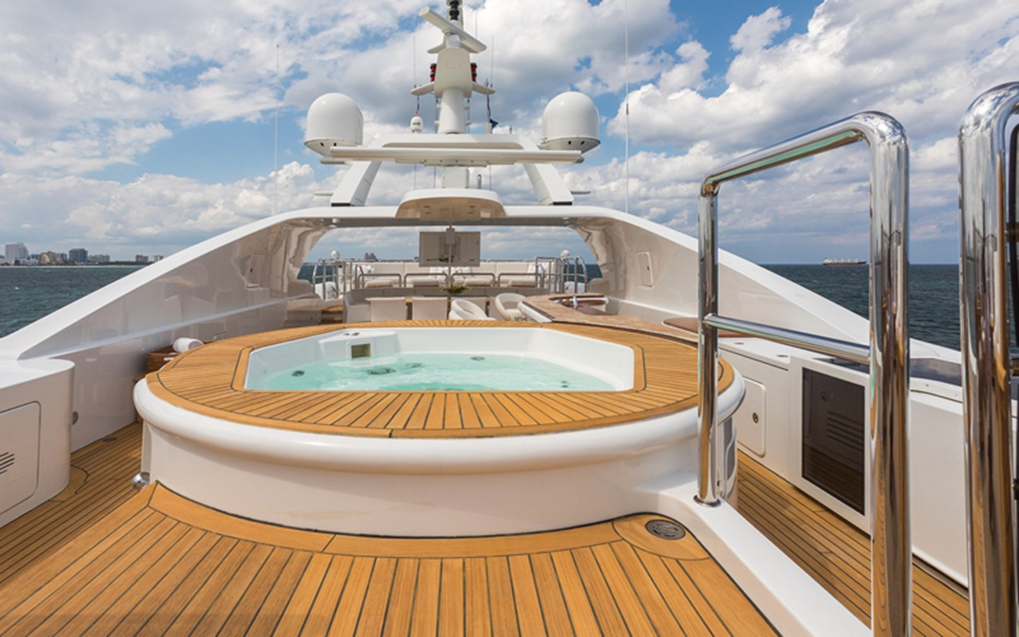 Jacuzzi - 164 BENETTI For Sale