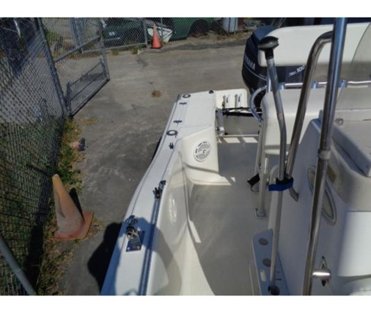 127235971_20191001095231755_1_LARGE 2000 SCOUT BOATS 175 Sportfish Center Console 2715511