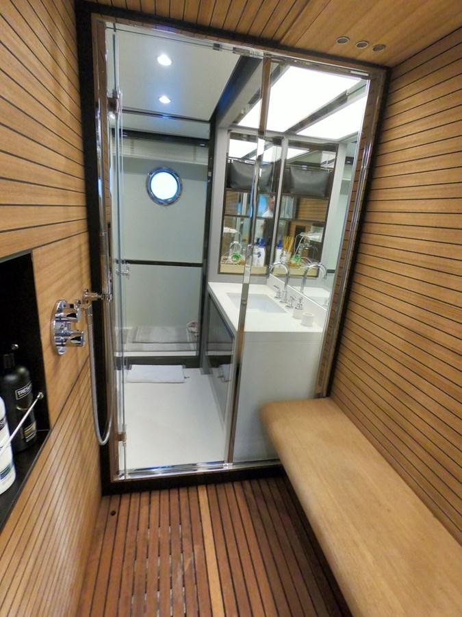Guest Shower2 2018 AZIMUT  Motor Yacht 2847259