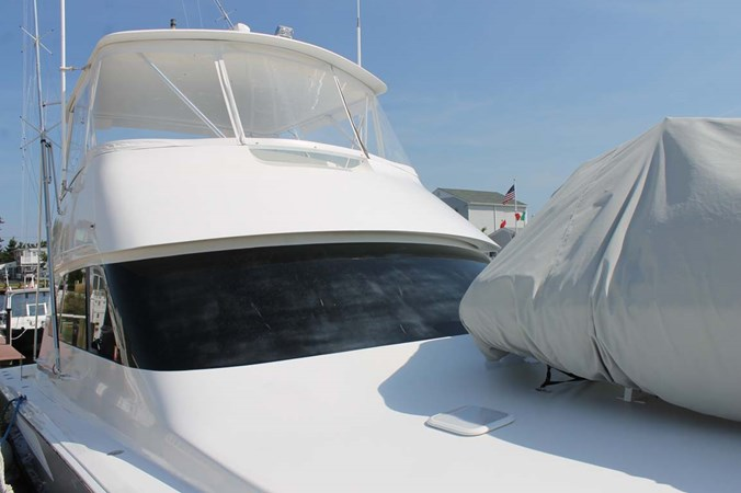 Foredeck with Tender Covered 2002 VIKING 52 Convertible Sport Fisherman 2698643