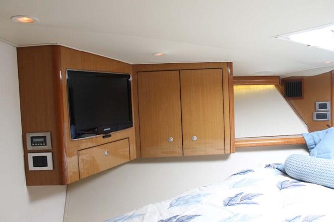 VIP Stateroom 2002 VIKING 52 Convertible Sport Fisherman 2698675
