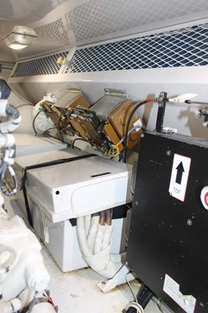 Engine Room 2002 VIKING 52 Convertible Sport Fisherman 2698685