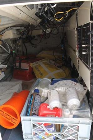 Engine Room 2002 VIKING 52 Convertible Sport Fisherman 2698688