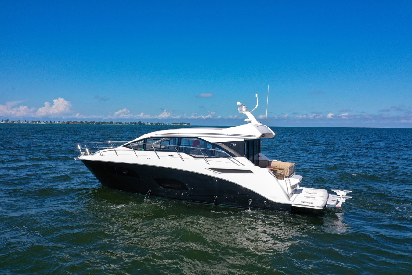 2017 46 Sea Ray Sundancer  2017 SEA RAY 46 Sundancer Cruiser 2698837