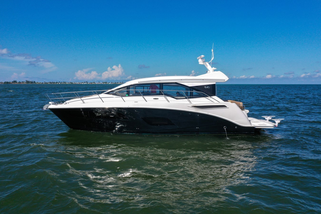 2017 46 Sea Ray Sundancer  2017 SEA RAY 46 Sundancer Cruiser 2698865