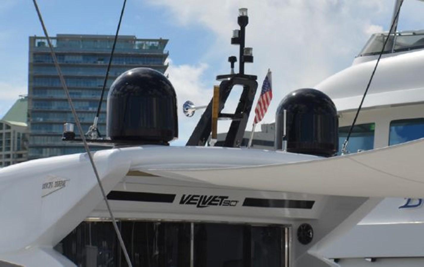 11 2007 TECNOMAR Velvet 90 Cruiser 2700891