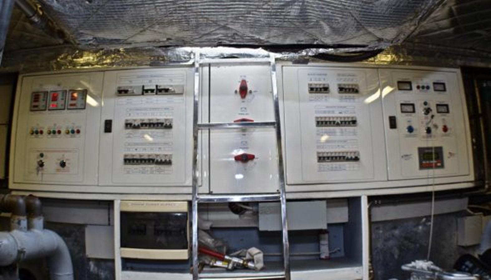 56 2007 TECNOMAR Velvet 90 Cruiser 2700937