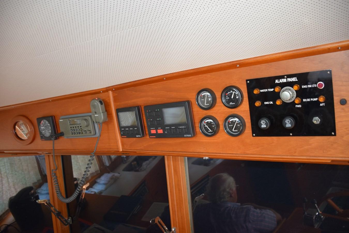 021 1998 GRAND BANKS Europa 42 Trawler 2701062