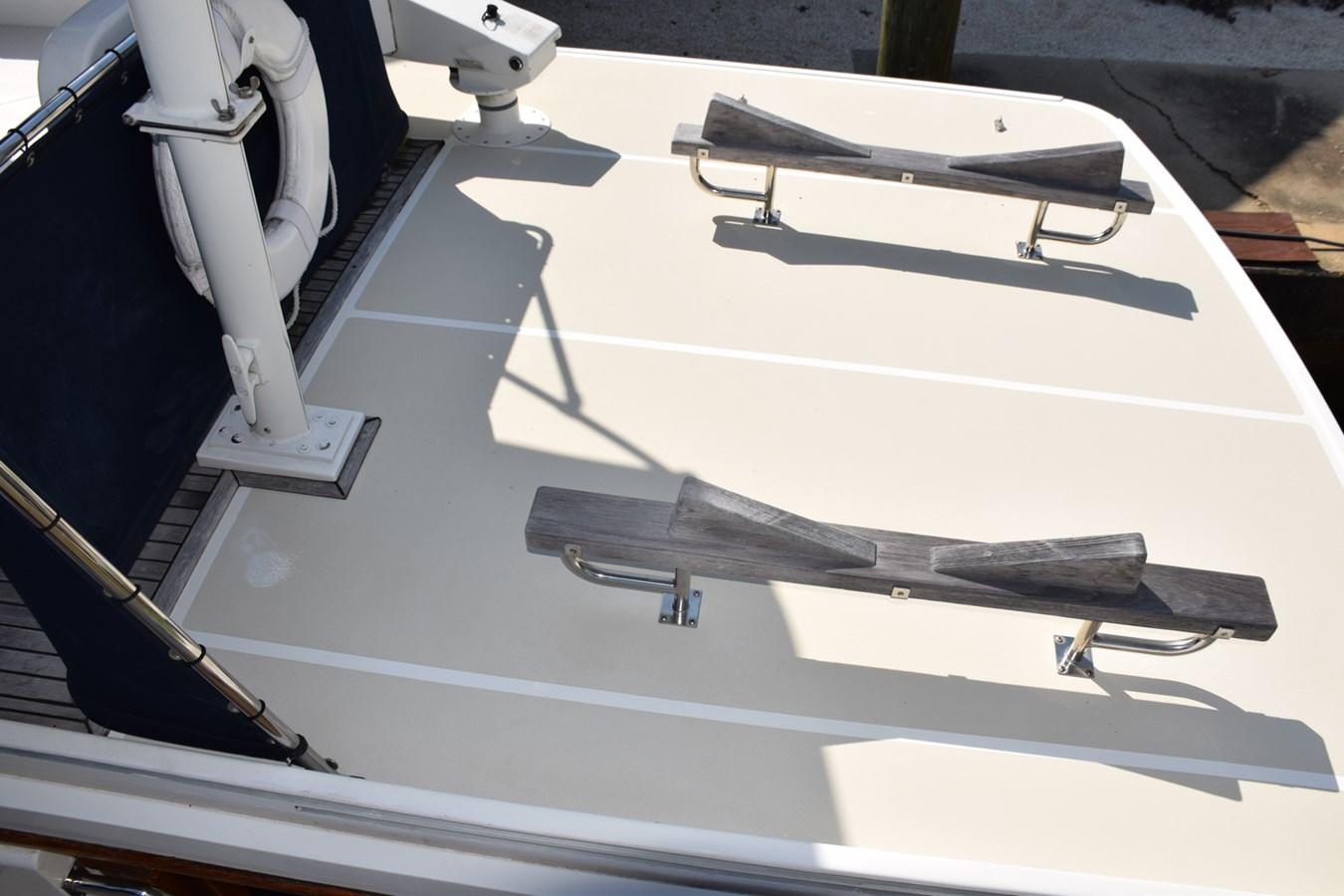 040 1998 GRAND BANKS Europa 42 Trawler 2701080