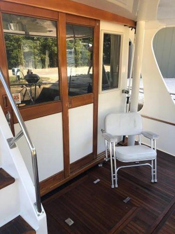 061 1998 GRAND BANKS Europa 42 Trawler 2701101