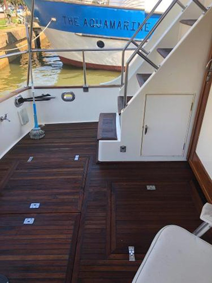 063 1998 GRAND BANKS Europa 42 Trawler 2701103