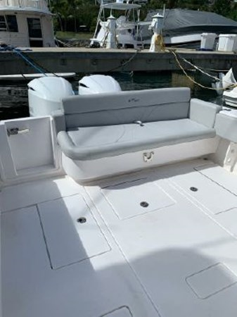 7226285_20190922142230751_1_XLARGE 2018 CONTENDER 35 ST Center Console 2702996