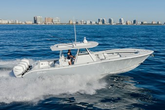 39 Offshore 258910