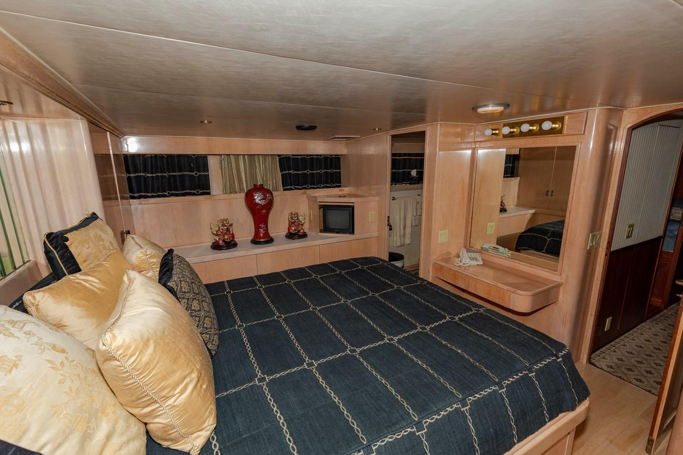 Master Stateroom 1961 BURGER  Motor Yacht 2704953