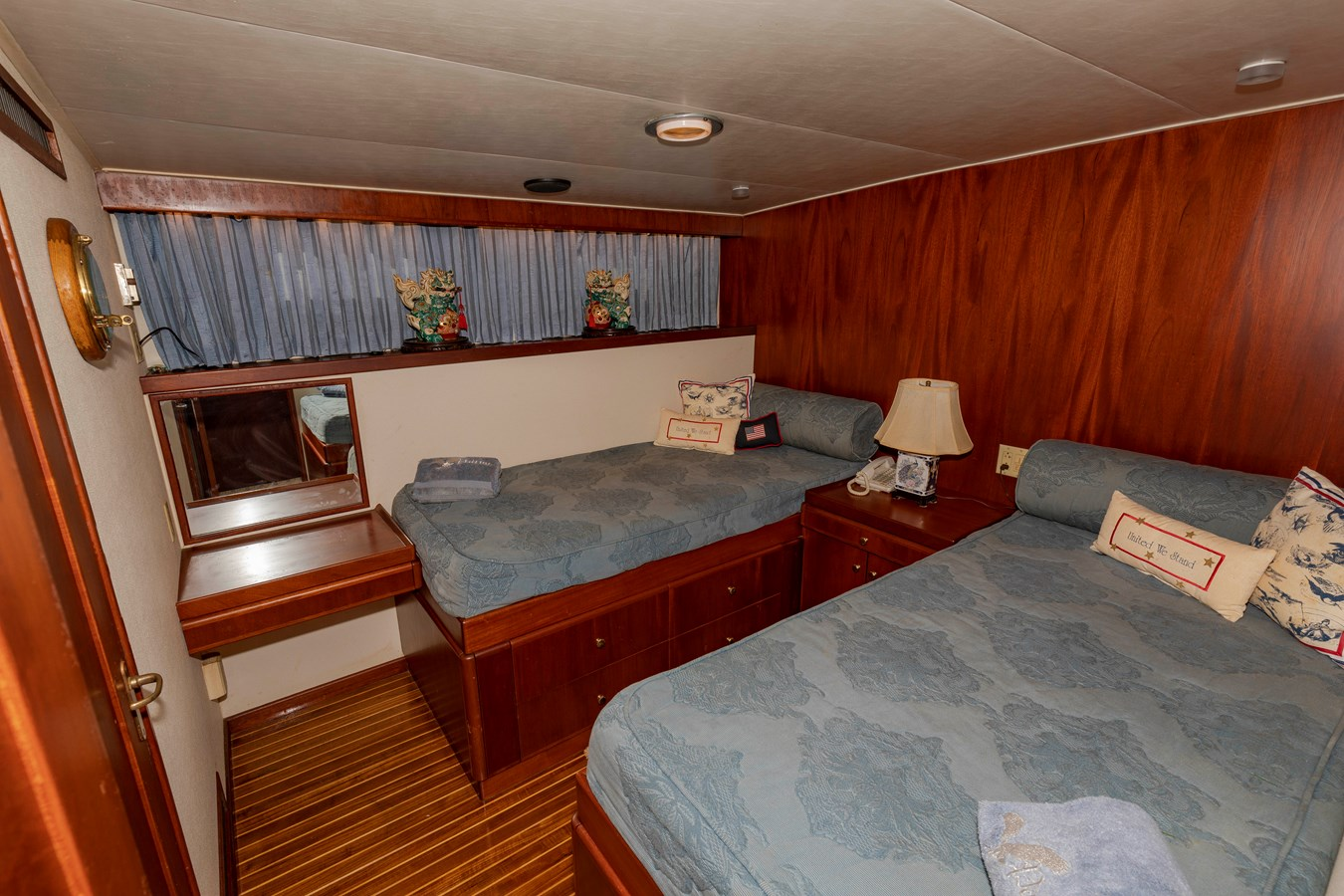 Guest Twin Stateroom 1961 BURGER  Motor Yacht 2704956