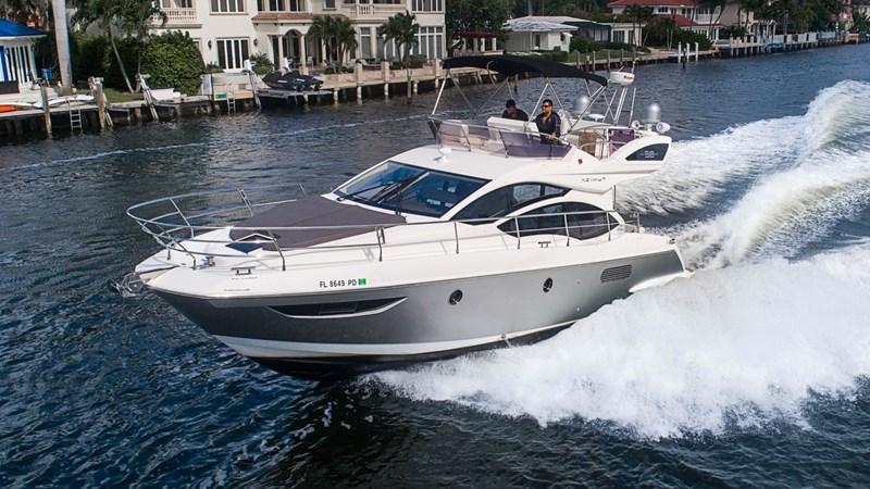 1 2011 AZIMUT 38 Flybridge (AKA 40 Fly) Motor Yacht 2706059