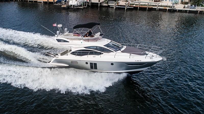 6 2011 AZIMUT 38 Flybridge (AKA 40 Fly) Motor Yacht 2706067