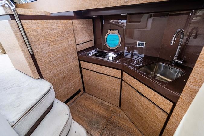 33 2011 AZIMUT 38 Flybridge (AKA 40 Fly) Motor Yacht 2706098