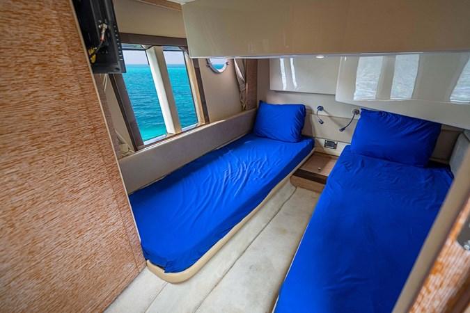 37 2011 AZIMUT 38 Flybridge (AKA 40 Fly) Motor Yacht 2706103