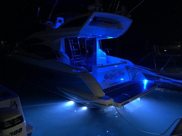 41 2011 AZIMUT 38 Flybridge (AKA 40 Fly) Motor Yacht 2706108