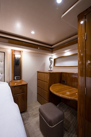 Master Stateroom 2014 VIKING Convertible Sport Fisherman 2706742