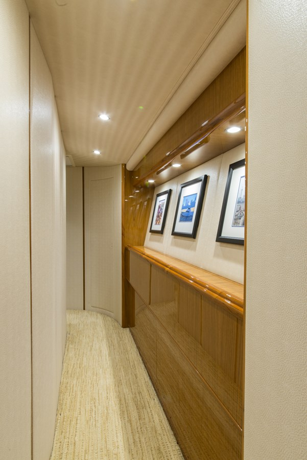 Companionway 2012 VIKING Enclosed Bridge Sport Fisherman 2706773