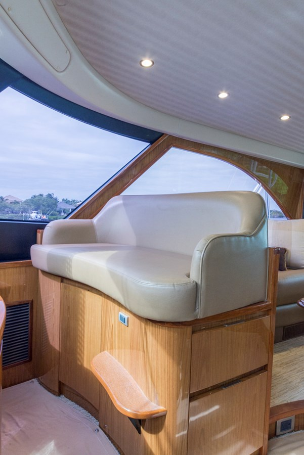 Enclosed Flybridge 2012 VIKING Enclosed Bridge Sport Fisherman 2706828