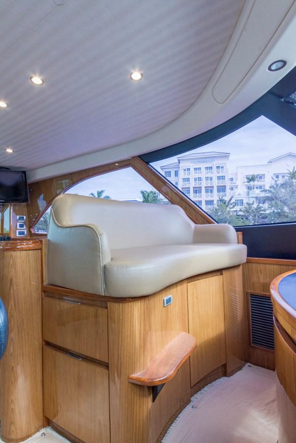 Enclosed Flybridge 2012 VIKING Enclosed Bridge Sport Fisherman 2706829