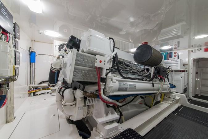 Engine Room 2012 VIKING Enclosed Bridge Sport Fisherman 2706854