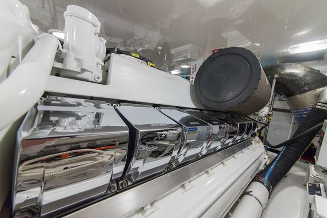Engine Room 2012 VIKING Enclosed Bridge Sport Fisherman 2706858