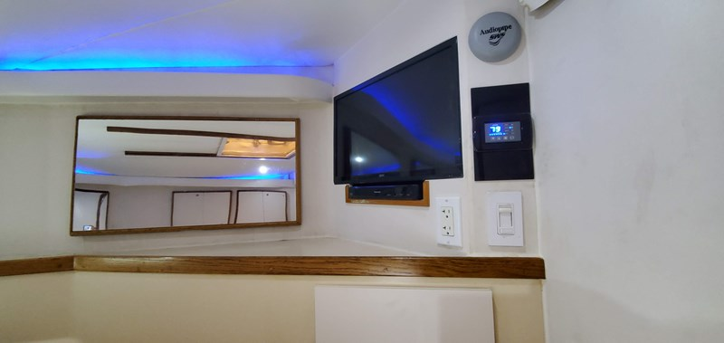 20190928_125859 1989 BERTRAM 50 Convertible Motor Yacht 2715077