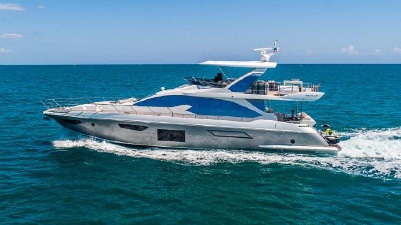 1_resized (1) 2017 AZIMUT 72 Flybridge Motor Yacht 2707336
