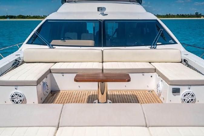 8 2017 AZIMUT 72 Flybridge Motor Yacht 2707343