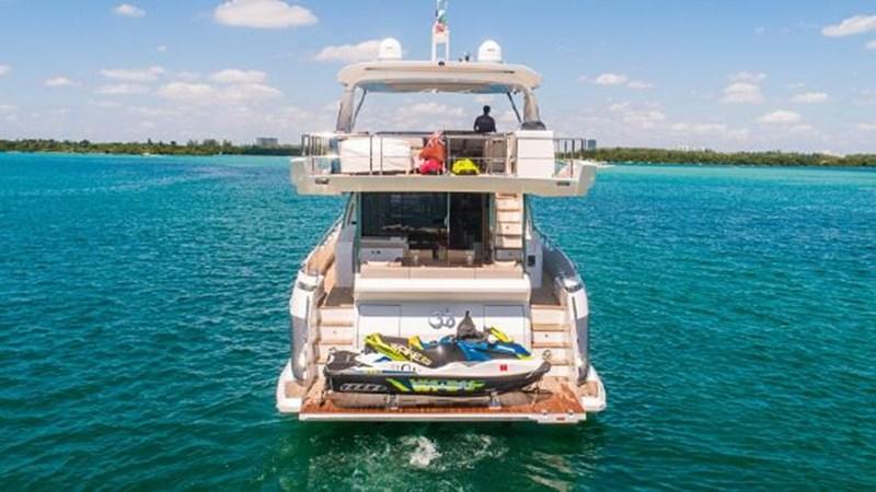 10 2017 AZIMUT 72 Flybridge Motor Yacht 2707345