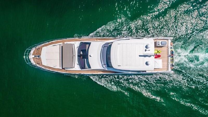 11 2017 AZIMUT 72 Flybridge Motor Yacht 2707346