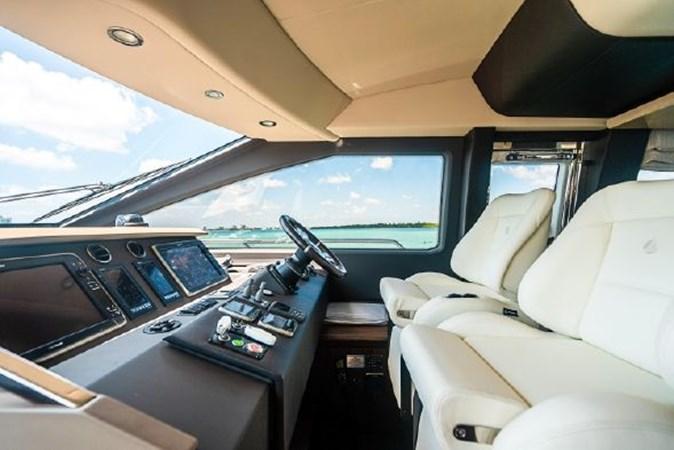 20 2017 AZIMUT 72 Flybridge Motor Yacht 2707355