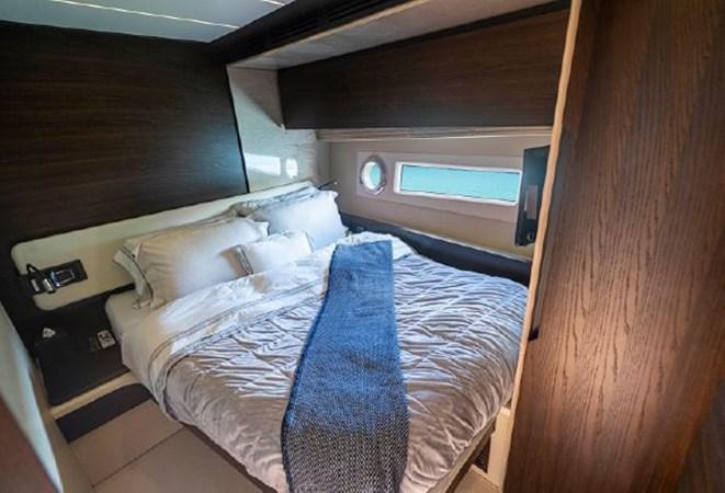 27 2017 AZIMUT 72 Flybridge Motor Yacht 2707362