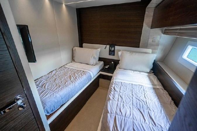 30 2017 AZIMUT 72 Flybridge Motor Yacht 2707365