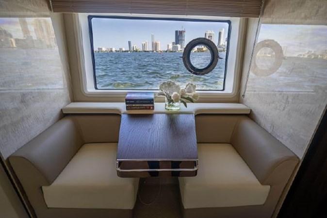 35 2017 AZIMUT 72 Flybridge Motor Yacht 2707370